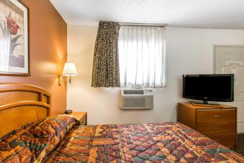 Suburban Extended Stay Abercorn Photo