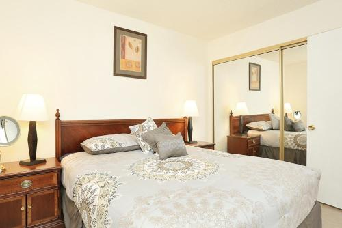 2-bedroom Apartment Near Strip And Convention Center