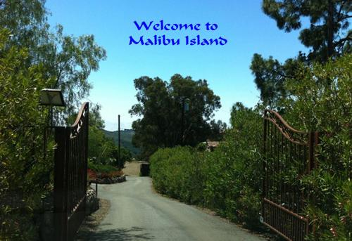 Malibu Island Rentals Photo