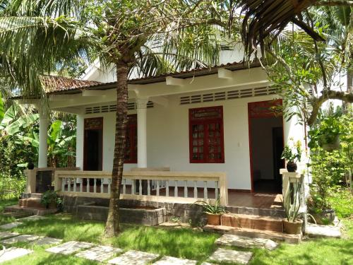 Quoc Phuong Riverside Homestay