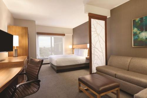 Hyatt Place at Anaheim Resort / Convention Center Photo