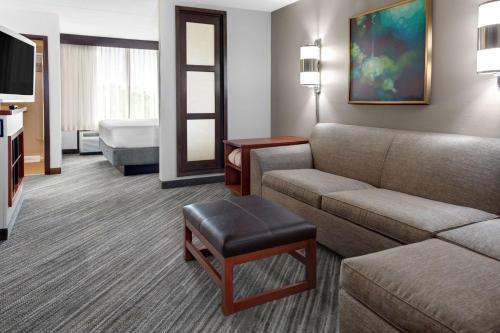 Hyatt Place Atlanta Alpharetta Windward Photo
