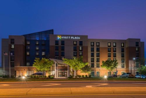 Hyatt Place Herndon Dulles Airport East Photo