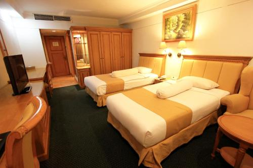 Harmoni Suites Hotel photo 17