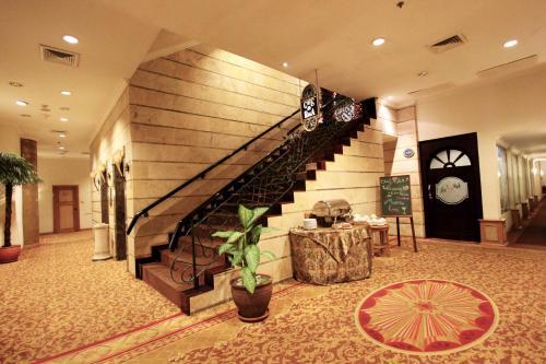 Harmoni Suites Hotel photo 22