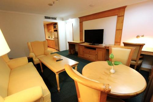 Harmoni Suites Hotel photo 26
