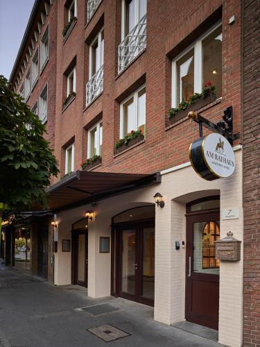 hotels vacation rentals near longest bar in the world dusseldorf germany trip101. Black Bedroom Furniture Sets. Home Design Ideas