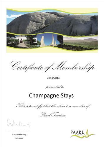 Champagne Stays' Photo