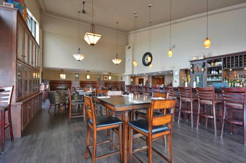 Best Western Pembroke Inn & Conference Centre Photo