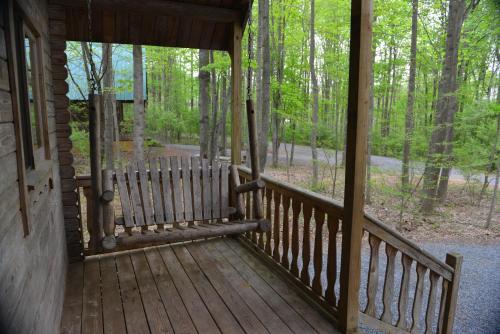 Appalachian Camping Resort Log Home 7