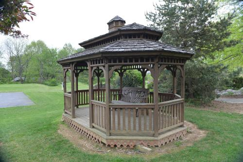 Appalachian Camping Resort Park Model 10