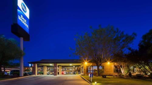 Best Western Arizonian Inn Photo