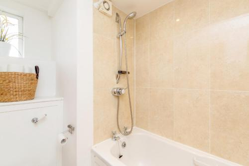 Bright 2bed flat - Notting Hill/Holland Park photo 5