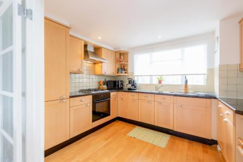 Bright 2bed flat - Notting Hill/Holland Park photo 7