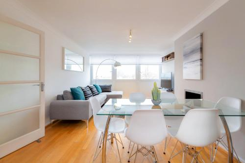Bright 2bed flat - Notting Hill/Holland Park impression