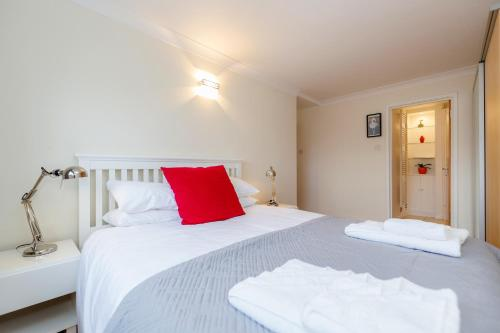 Bright 2bed flat - Notting Hill/Holland Park photo 15