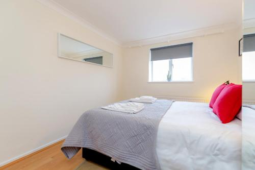 Bright 2bed flat - Notting Hill/Holland Park photo 18
