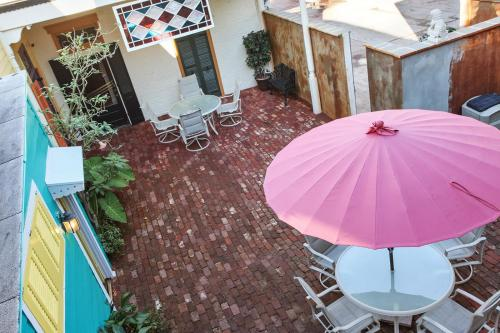 New Orleans Guest House B&B in LA