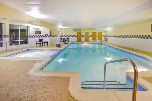 Hilton Garden Inn Chesterton - Chesterton, IN 46304