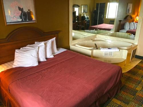 Americas Best Value Inn-livonia/detroit - Livonia, MI 48150