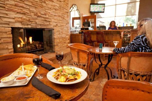 The Arizona Riverpark Inn Photo