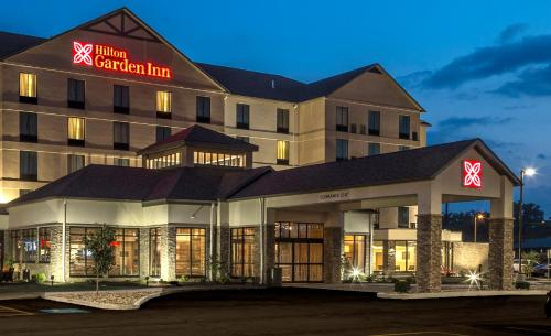 Hilton Garden Inn Uniontown Photo