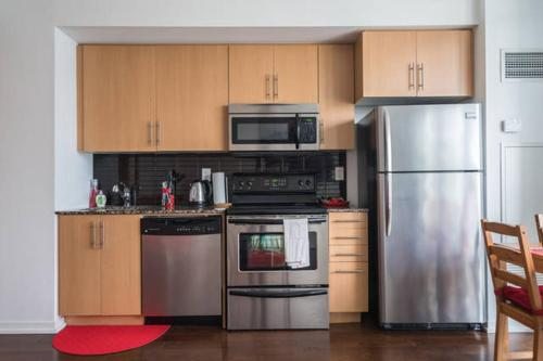 Stylish & Central Condo 1 Min From Union Station!! - Toronto, ON M5J 0A7