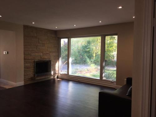 Beautiful Bungalow In Heart Of North York - North York, ON M3B 2R9