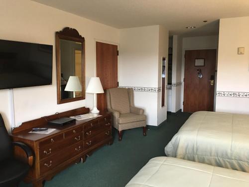 Camden Riverhouse Hotel and Inn Photo
