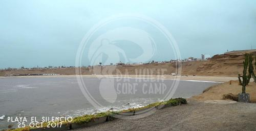 Da Hueif Surf Camp Photo