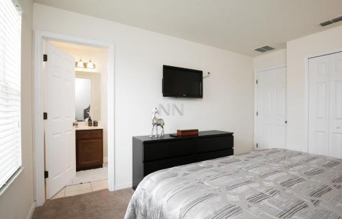 Three Bedroom Townhouse 10lf11 - Kissimmee, FL 34746