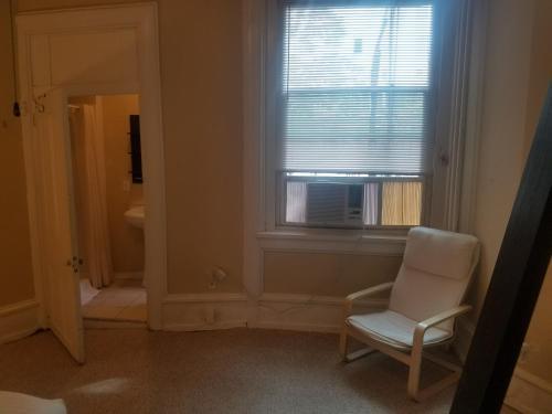 Spacious And Clean 1 Bedroom Studio - Philadelphia, PA 19104