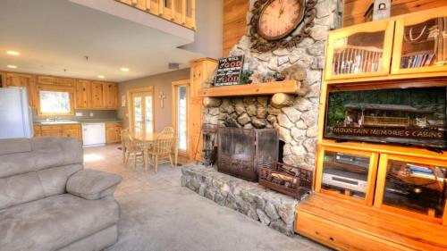 Otter Run - Ellijay, GA 30540