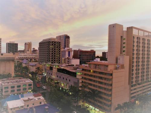 Douglas Waikiki - Honolulu, HI 96815