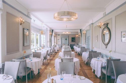 Alexandra Hotel & Restaurant - 15 of 43
