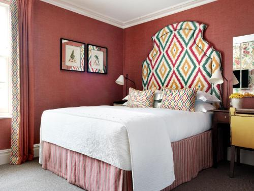 Knightsbridge Hotel - 8 of 35