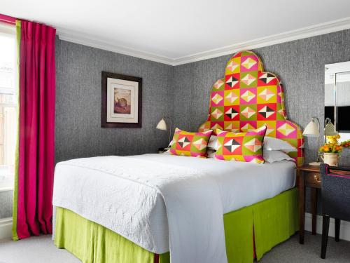 Knightsbridge Hotel - 7 of 35
