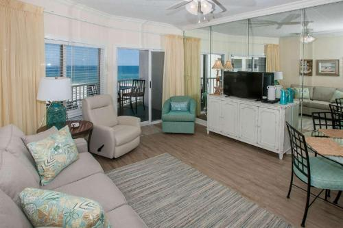 Palm Beach B-42 - Orange Beach, AL 36561