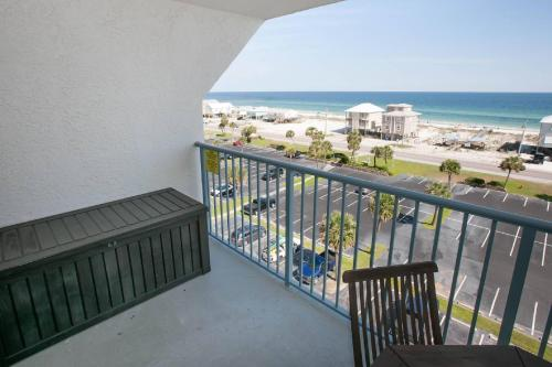 Gulf Shores Surf And Racquet 703a - Gulf Shores, AL 36542