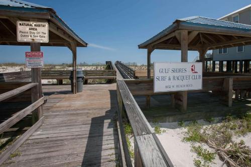 Gulf Shores Surf And Racquet 502c - Gulf Shores, AL 36542