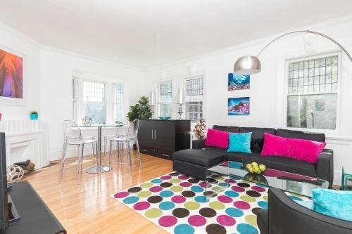 Applewood Suites - Palmerston Avenue