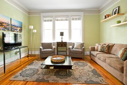 Lucky Lincoln - Two-bedroom - Savannah, GA 31401