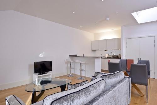 Destiny Scotland - St Andrew Square Apartments photo 33