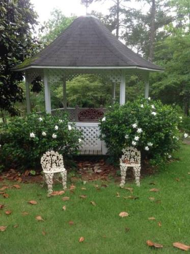 Springwood Inn - Anniston, AL 36207