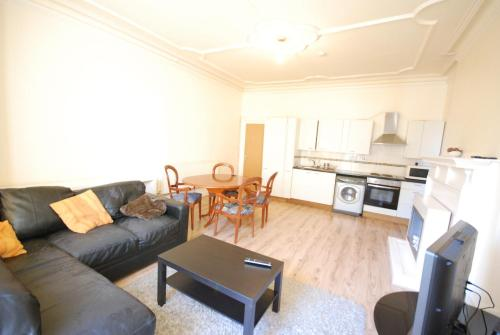 Lovely Three Double Bedroom On Hampstead Nw3
