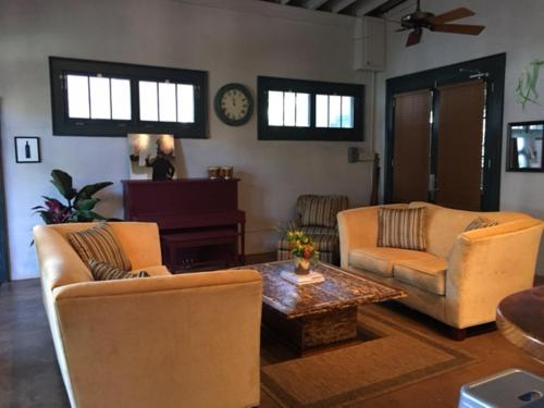 The Abode Guest House - Bay Saint Louis, MS 39520