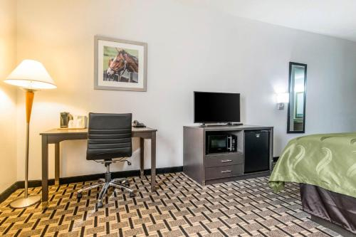 Quality Inn Lexington - Lexington, KY 40505