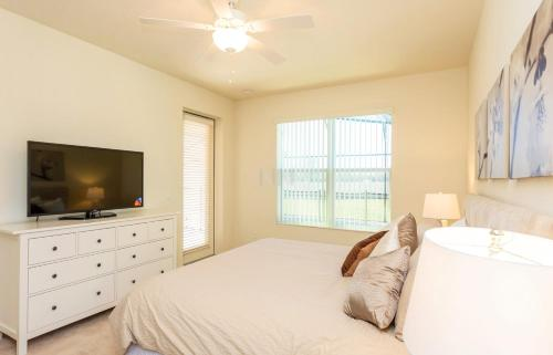 Four Bedroom Vacation Holiday Rental 47bd66 - Kissimmee, FL 34746