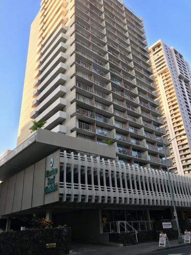 Marine Surf Waikiki 10th Floor B Photo
