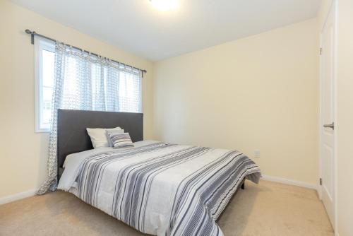 Charming 4 Bedroom Retreat - Brampton, ON L6Y 4Y8